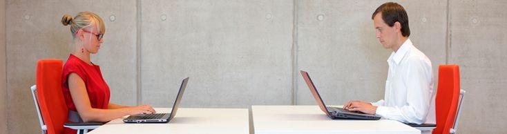 ERGONOMÍA EN LA OFICINA – Prevención de Riesgos Laborales http://www.pymescomercial.com/blog/ergonomia-en-la-oficina-prevencion-de-riesgos-laborales/      Prevención de riesgos laborales: Si trabajas sentado frente al ordenador, debes adoptar una postura correcta para evitar sobrecarga física, mental y visual.