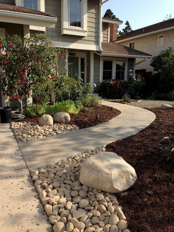 1365 best front yard landscaping ideas images on pinterest for Pictures of front yard landscapes