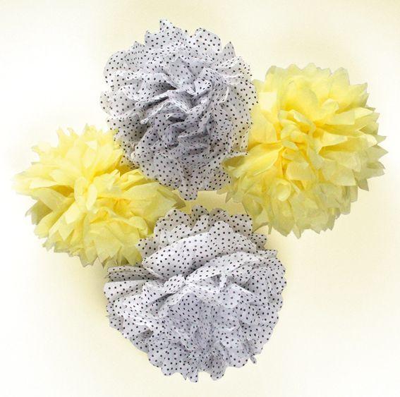 Silkkipapereista valmistetut POMPOMIT ovat suosittuja, edullisia ja näyttäviä juhlien koristeita. Sinellissä on laaja valikoima erivärisiä sekä kuviollisia silkkipapereita.