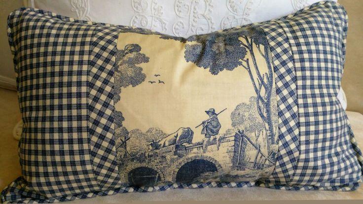 Couverture de Toile Ivoire bleu Vichy Coussin housse de coussin Laura Ashley Toile 12 x 20 lombaire par nellecompany sur Etsy https://www.etsy.com/fr/listing/489969555/couverture-de-toile-ivoire-bleu-vichy