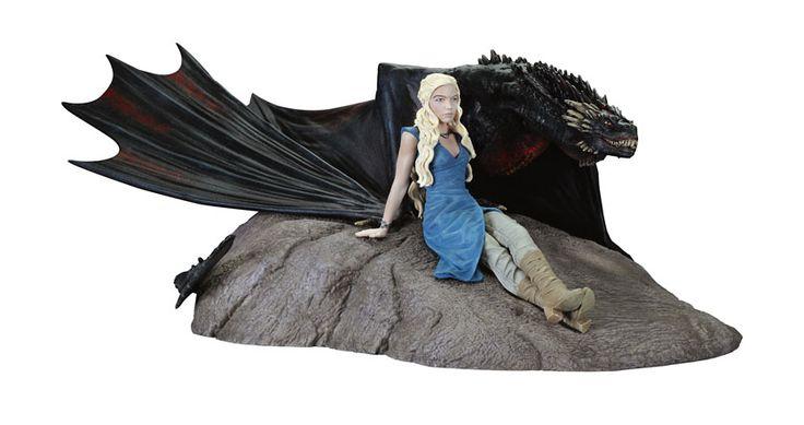 Le Trône de Fer statuette Daenerys and Drogon Dark Horse