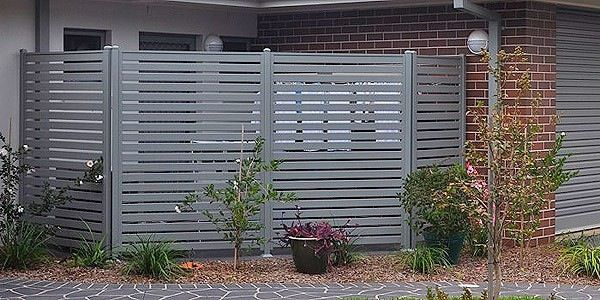 Aluminium slat screens to cover wheelie bins and clothes line  and air on unit - Monica