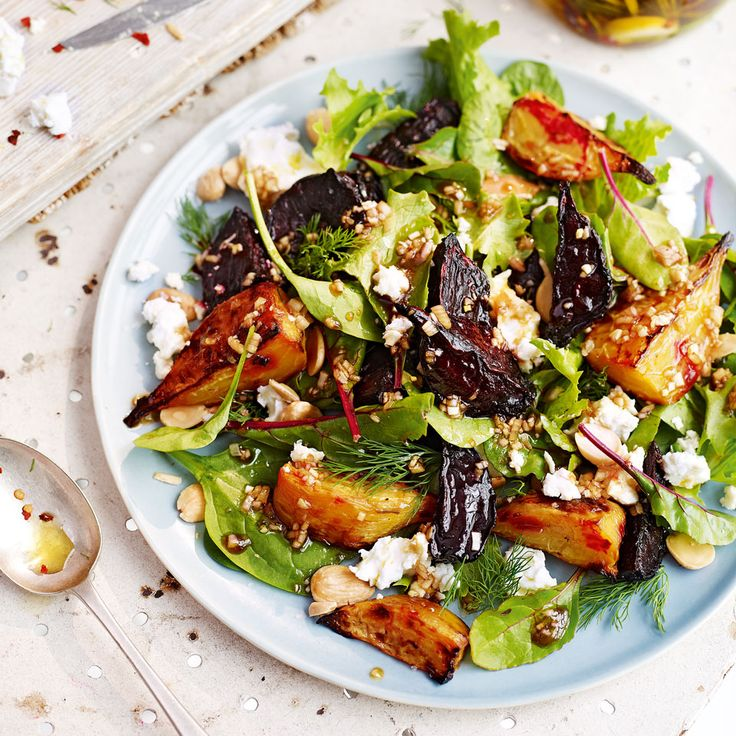 This summery salad recipe is packed full of flavour with earthy, sweet beetroot, crunchy almonds and a homemade marinated feta.