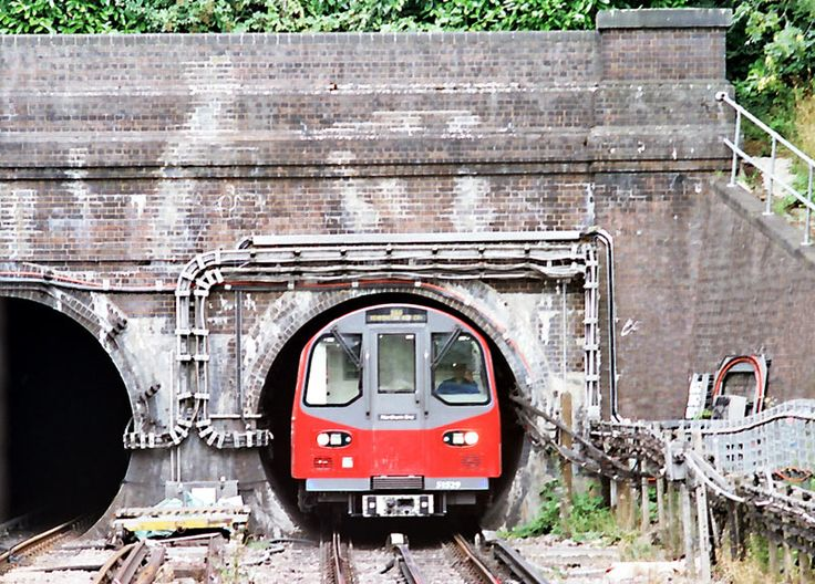 Why London Underground is nicknamed The Tube