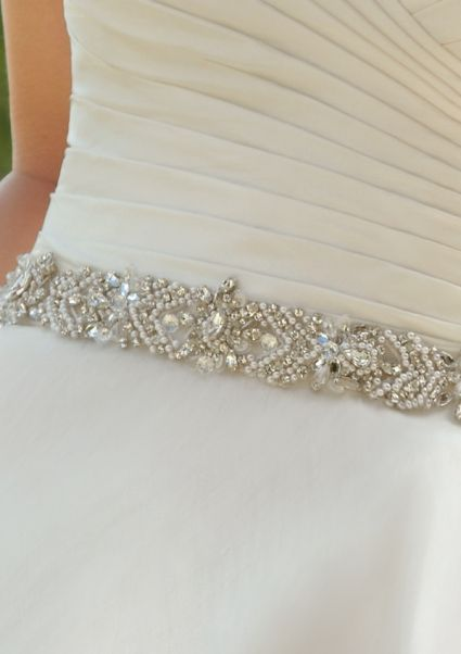 Cinture gioiello per abiti da sposa [Foto]