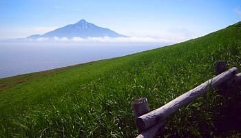 Rishiri island - Hokkaido,Japan Rishiri viewed from Rebun