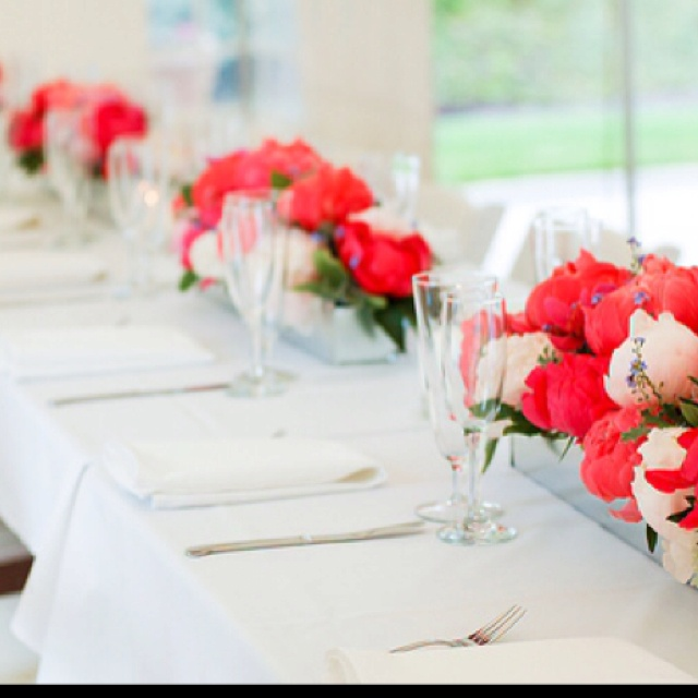 Simple clean centerpiece for long tables - vs round - 152 Best Long Tables Images On Pinterest Marriage, Centerpiece