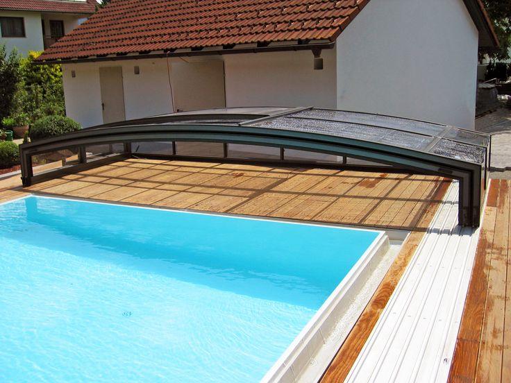 Populární bazénové zastřešení VIVA které je k dostání v několika barevných variantách