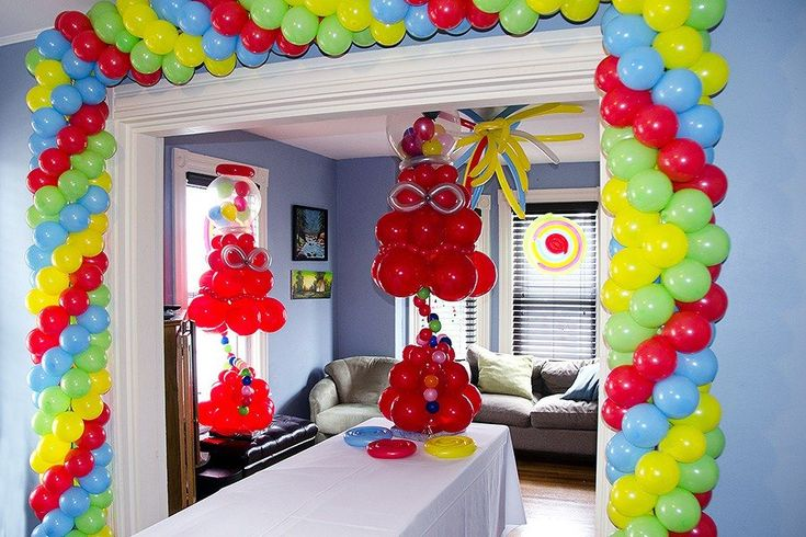581 best balloon room effects images on pinterest for Balloon decoration machine