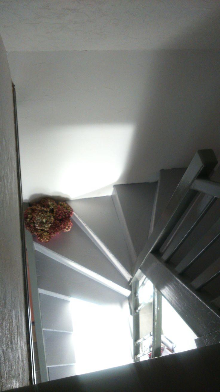 escalier apr s restauration deco pinterest tringle rideau commode en pin et meuble lave main. Black Bedroom Furniture Sets. Home Design Ideas
