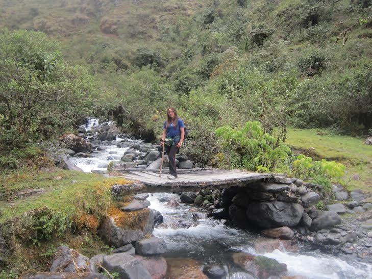Se dice que los incas hacían ésta ruta para llegar al jardín como así llamaban a Ollachea por sus aguas termales, el clima y su paisaje, según los habitantes de la zona,  era el lugar  de descanso de los chasquis quienes seguían el trayecto a Cusco.