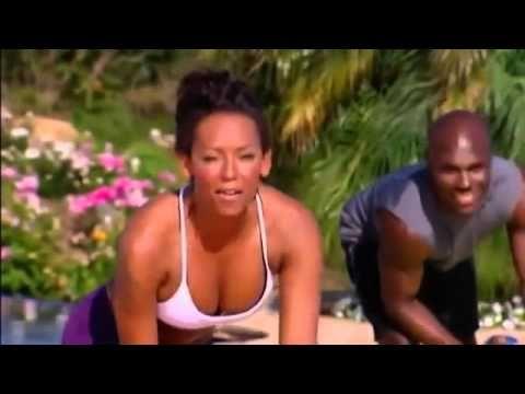 Mel B 10 minutowy trening klatki piersiowej i pleców #6 - YouTube