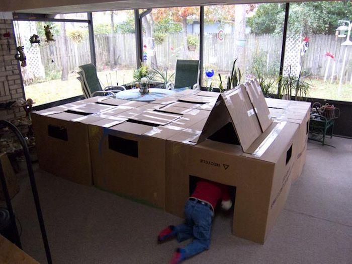 #интересное  Домик для детей (6 фото)   Полюбому, в детстве все мечтали о домике для игр! Вот пример неплохого и недорогого домика!       далее по ссылке http://playserver.net/?p=142355