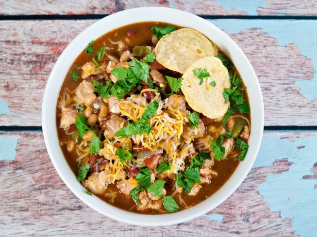 Chili's Southwest Chicken Chili - CDKitchen.com - Mimic the tasty chili served at the restaurant with this easy to follow recipe.