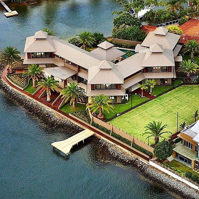17 Best Images About Mega Mansions On Pinterest