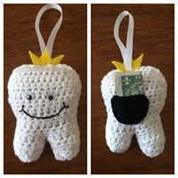 The best crochet items to sell at a Spring or Summer craft fair, tooth fairy pillows to hang on the door
