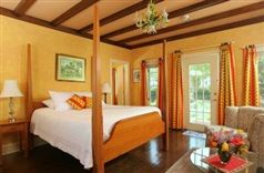 L'Auberge Provencale Bed and Breakfast in White Post, Virginia | B&B Rental