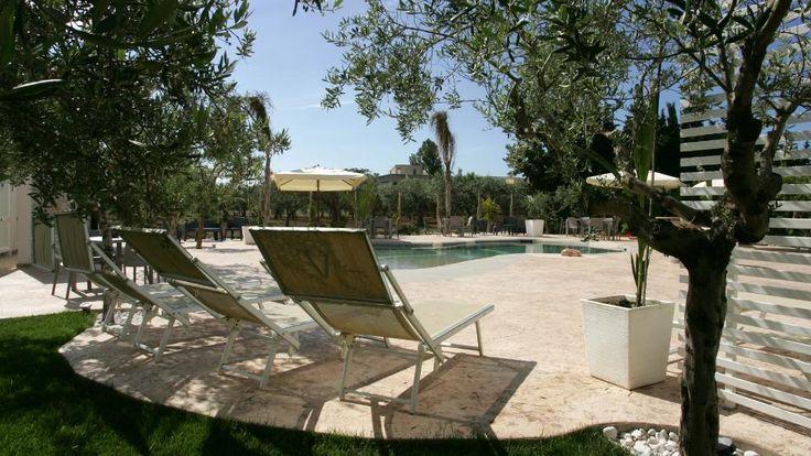Il Divino Hotel è un hotel wine bar tra Trapani e Marsala, vicino l'aeroporto Birgi. Ideale per il business, famiglie e coppie