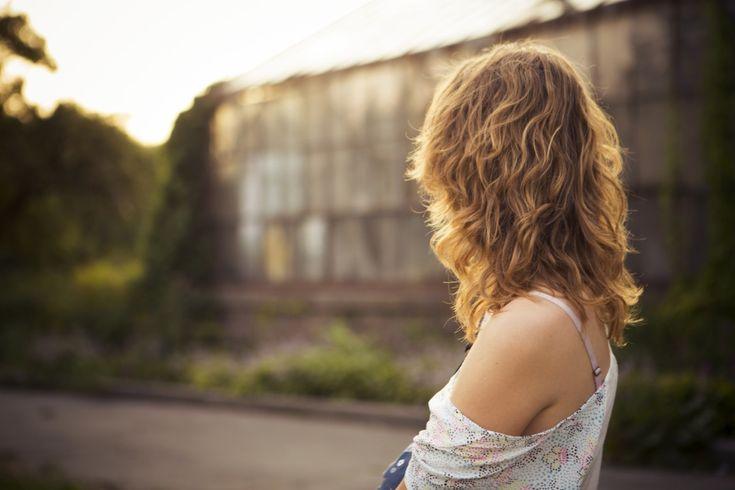 Czasem musisz dłużej popracować. Czasem musisz dłużej się pouczyć. A czasem po prostu znajomi wkręcą Cię w adresowanie pięciuset kopert, bo nie ogarnęli na czas wysyłek, a że życzysz im dobrze, to teraz grzecznie siedzisz i liżesz znaczki. Tak już w życiu bywa, ale nie wolno zapomnieć o zdrowym relaksie. Łyk wolności O prawidłowym odpoczynku …