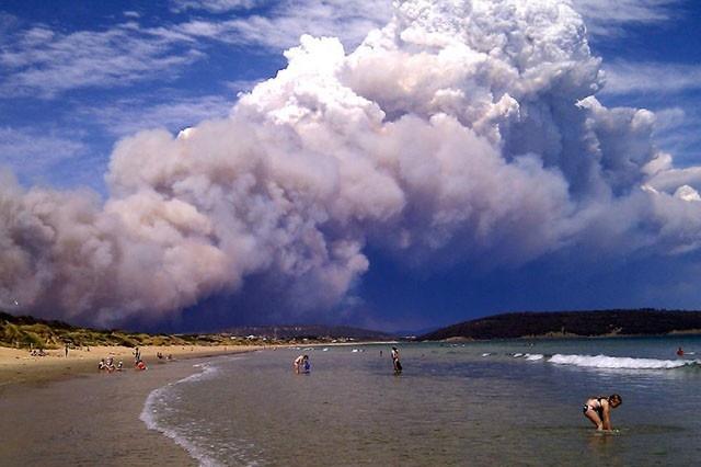 Smoke from a Tasmania bushfire.