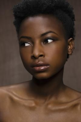 How To Get Naturally Clear & Glowing Skin For Black Woman | LIVESTRONG.COM
