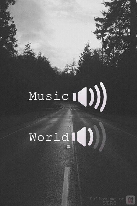 Eu...ligando minha música no máximo pra não ouvir oque está a minha volta