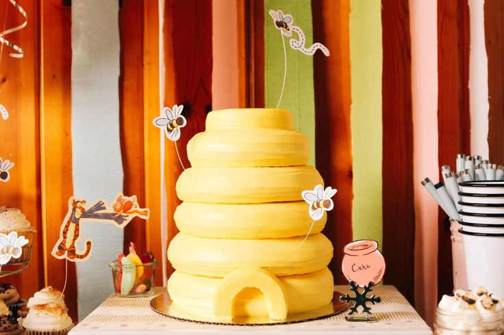 Sweet Disposition Bumble Bee Hive Cake