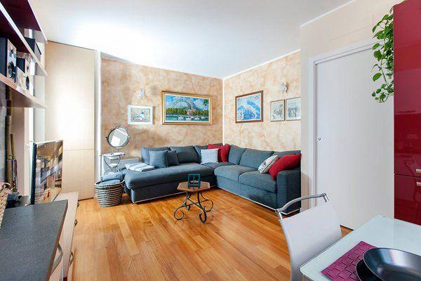 Arredamento fatto su misura dalla #falegnameria #Semprelegno per un soggiorno accogliente #interiordesign #homedecor #bepoke #designfurniture #livingroom #livingdesign
