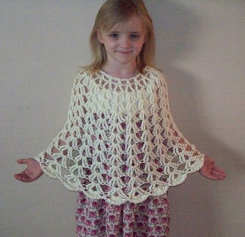 Lacy Shells Poncho by Marlo D. Cairns - free pattern