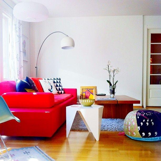 Gullfuglen cushion at home @Fresh Mess   # funkle
