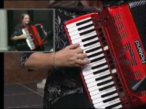 Deep in the Heart of Texas play by Shelia Lee on the Roland FR 7 Accordion - YouTube