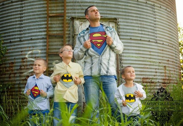 16 Impossibly Fun Photo Ideas For Families Who Are Anything But Ordinary