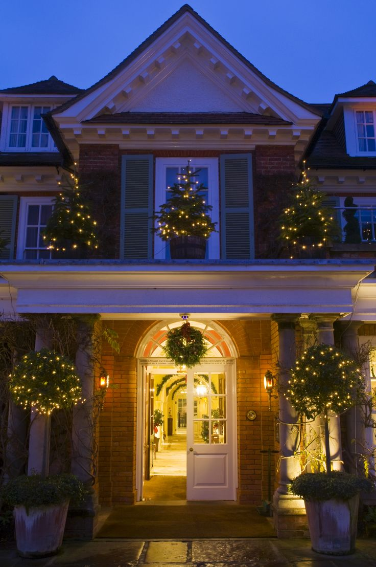 Chewton Glen Main Entrance Christmas