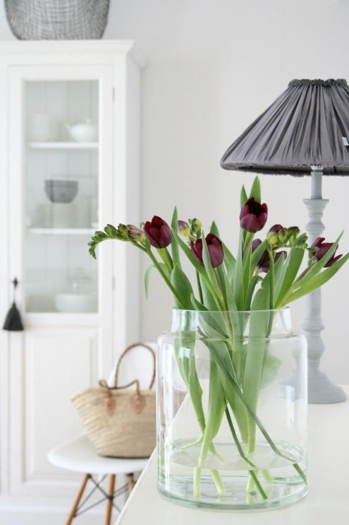 dark tulips #styling #white