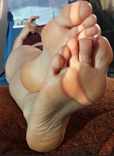 erika xstacy feet