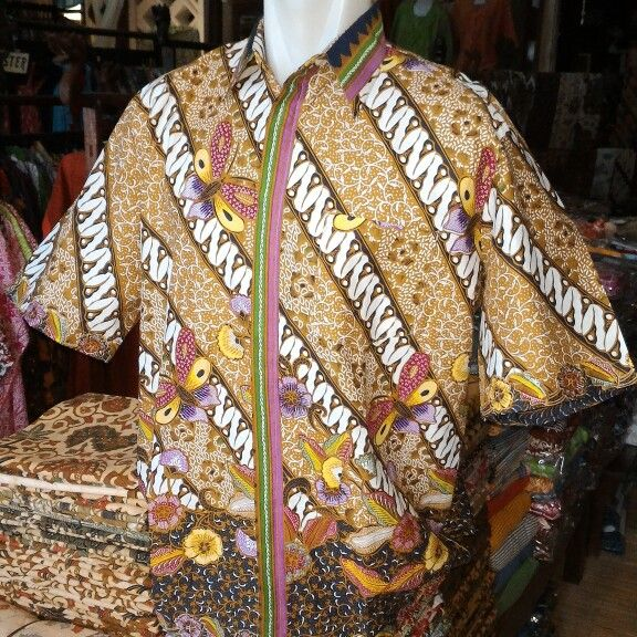 Kemeja print cabut warna motif parangseling, harga Rp 85.000
