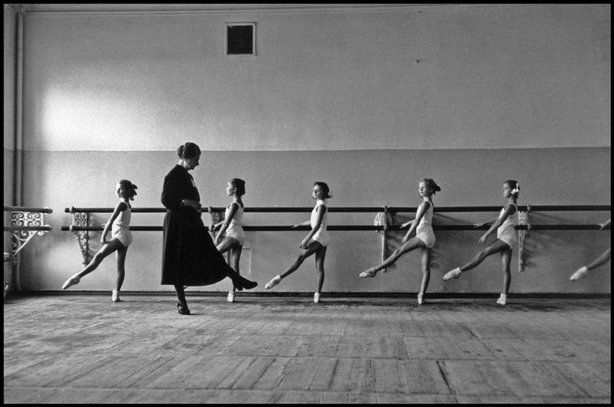 MOSCOW—Practicing positions at the Bolshoi Ballet School, 1958.  © Cornell Capa © International Center of Photography / Magnum Photos