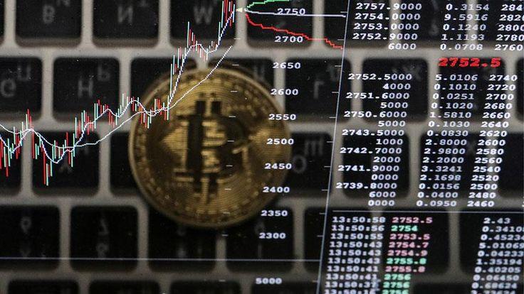 Bitcoin'in altın, borsa ve emlak gibi yatırım araçlarının önüne geçerek değerini sadece bu yıl yüzde 500'den fazla artırması sanal para birimlerine ilişkin tartışmaları beraberinde getirdi.