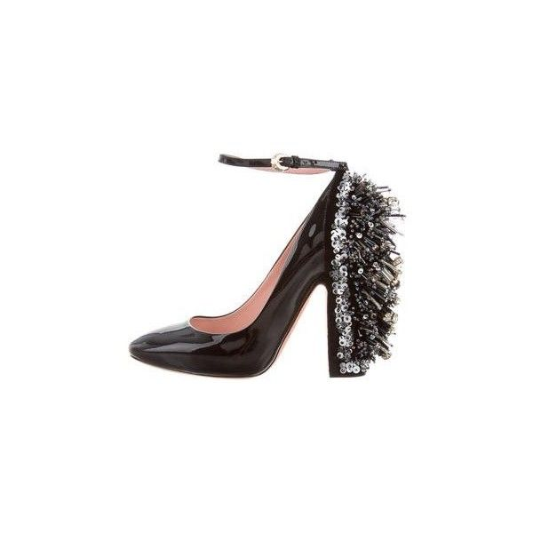4538402280296a Pre-owned Rochas Embellished Patent Leather Pumps ( 695) ❤ liked on Polyvore  featuring
