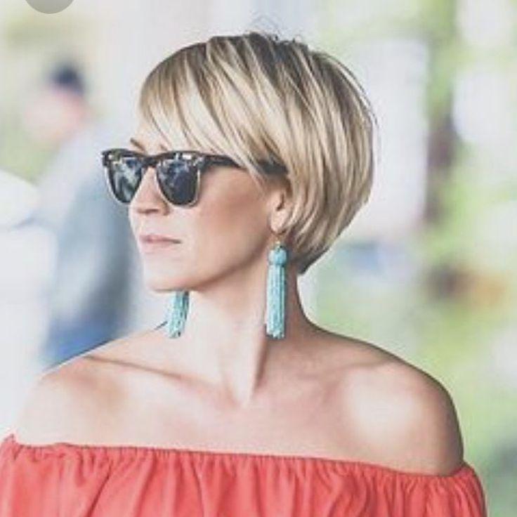 Die Chic Technik Niedlicher Kurzer Haarschnitt Fur Damen Frauen Frisur Womens Haircuts Short Hair Styles Short Hair Designs