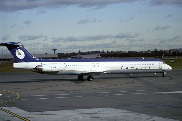 Compass Airlines MD 80