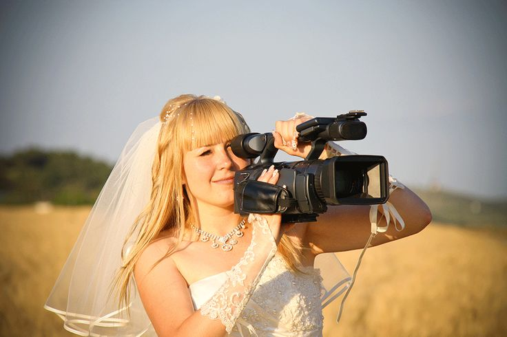 The wedding videographer is often overlooked in favour of the photographer to record the Big Day, but are you missing out? SmartGroom helps you decide... #weddingphotography #weddingvideographer