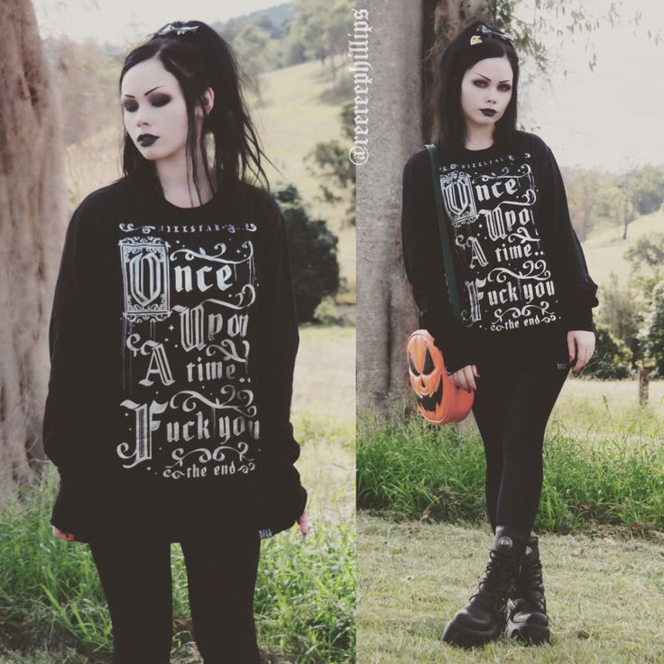 Outfit of yesterday ⚜ Sweater: Killstar Leggings: Black Milk Clothing Bag: Love Pain and Stitches Shoes: New Rock Boots More details on my Instagram (ReeRee Phillips)