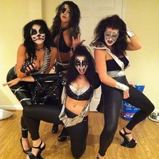 La banda Kiss: | 22 Disfraces fáciles para los que siempre se visten de negro
