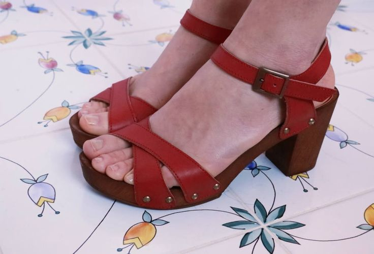 Designed and made with ethics, this is what Scotti's style is all about. Cerro is the must-have summer platform sandal. In a seventies style, it has a comfortable platform and a soft top. Finally a fully vegan platform sandal! codeword: trend and colour. Handcrafted in Italy and 100% cruelty free. #veganshoes #madeinitaly #ethicalfashion #platformsandal #handcrafted #vegan #crueltyfree #shoes #veganforlove #veganforlife #veganplatformsandal #veganshoes