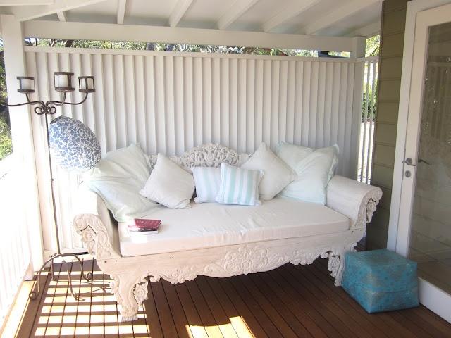 beach house decor day bed