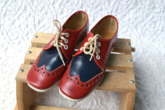 1960s Red & Blue Oxfords  Mod Oxford Lace Ups. Saddle Oxford