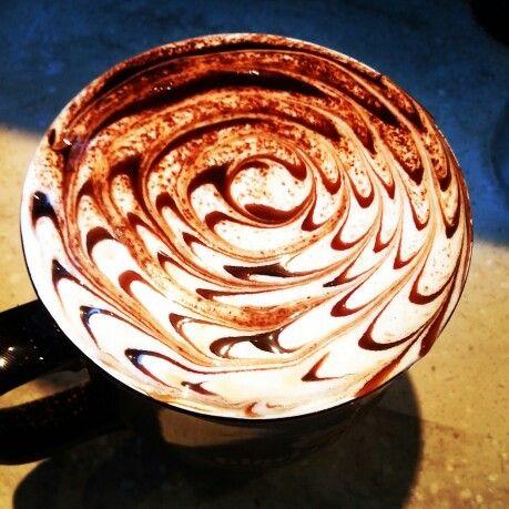 Chocolate Spiral #cappuccino #latte #latteart #cappuccinoart #chocolateart
