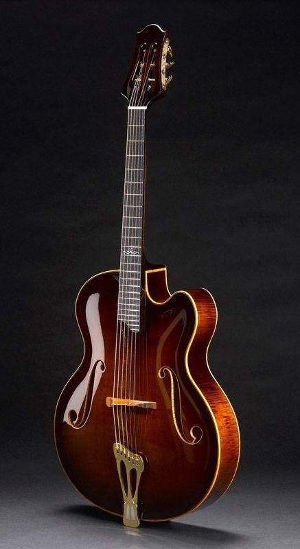 Scharpach Vienna Apex archtop guitar