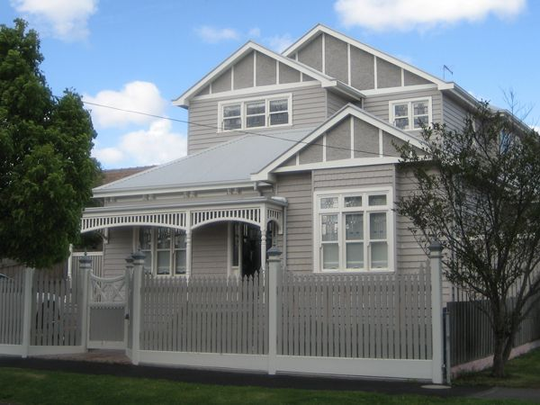 13 best house facades images on pinterest facade house for Weatherboard house designs